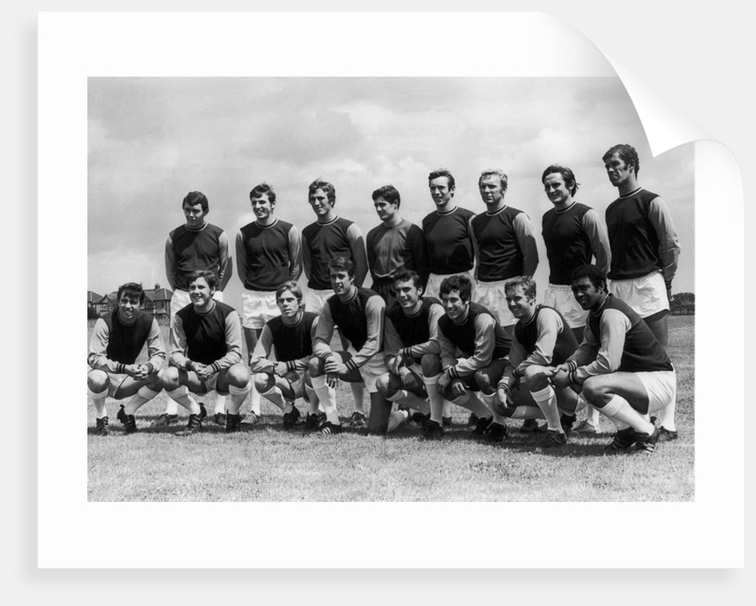 West Ham United line up for pre season team photograph by Staff