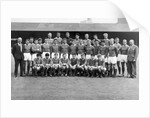1963 Manchester United line up by Staff