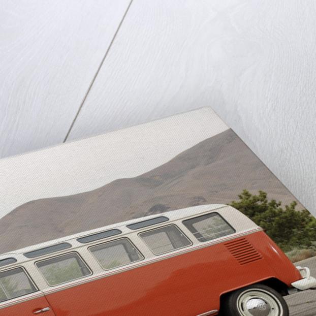 VW micro bus 1964 by Simon Clay