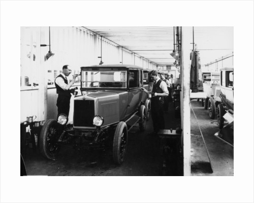 1928 Morris Cowley Saloon Paint Shop by Anonymous