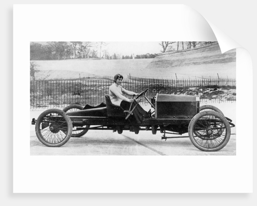 Miss Dorothy Levitt, in a 26hp Napier, Brooklands, 1908 by Unknown