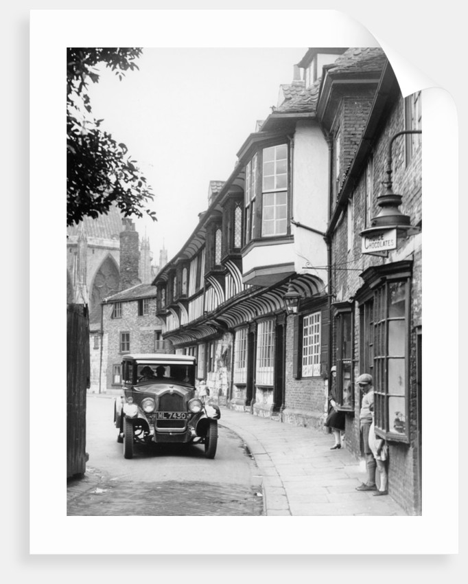 A Buick in College Street by Anonymous