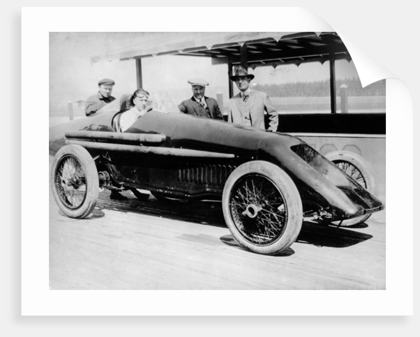 1920 Duesenberg record car, driven by Jimmy Murphy by Anonymous