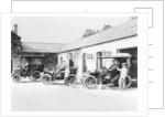 Cars parked at Lord Northcliffe's stable by Unknown