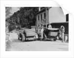 Cars parked at the Italian frontier by Unknown