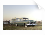 Ford Ranch wagon with kom pack trailer 1952 by Simon Clay