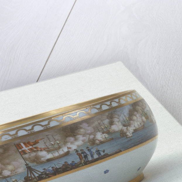 Porcelain bowl painted with scene of the Battle of Copenhagen, 1801 by Royal Danish Porcelain Manufactory