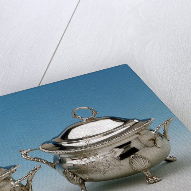 Sauce tureen by Robert Hennell