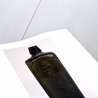 Gin bottle by Van Hoytema & Co.