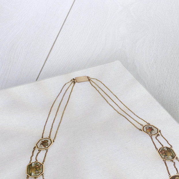 Necklace out of case by unknown