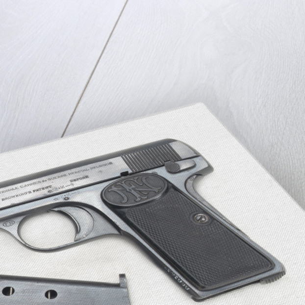 Automatic pistol owned by Admiral of the Fleet, the Viscount Jellicoe 1859-1935 by Fabrique Nationale d'Armes de Guerre SA