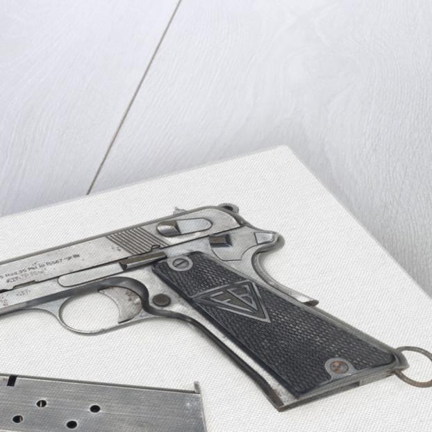 Radom wz/ Model 35 pistol by Radom Small Arms Factory