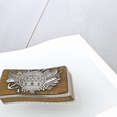 Silver-mounted oak freedom box presented to Nelson by the Corporation of Thetford in Norfolk, after the Battle of the Nile, 1798 by Thomas Phipps
