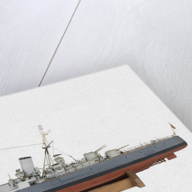 Full hull exhibition model of  cruiser HMS 'Argonaut' (1941) by M.A. Batchelor