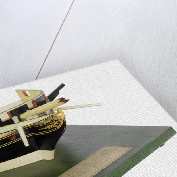 Model of a circular bow by Thomas Roberts