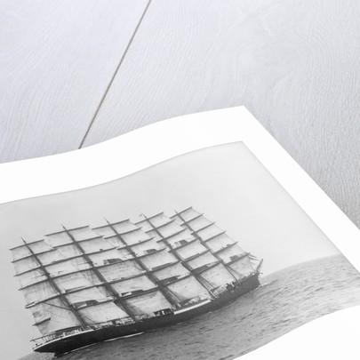 Photograph of 'Preussen' (1902) under sail by Alan Villiers