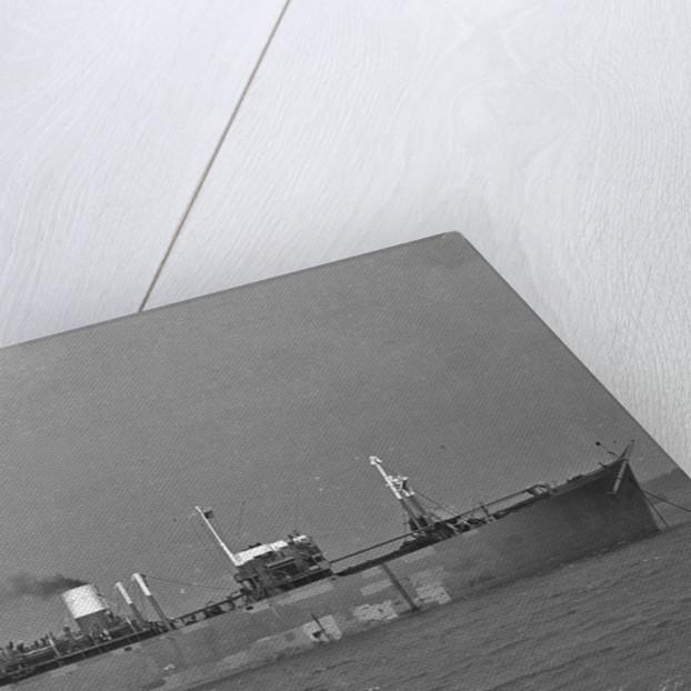'Kronprinsen' (No, 1942) at anchor by unknown