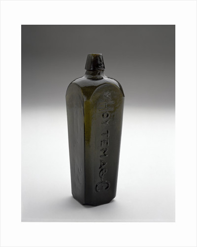 Gin bottle by Van Hoytema & Co.