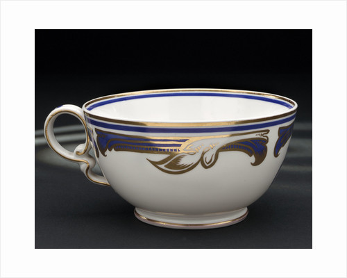 Cup used on HMY 'Victoria and Albert' (1899) by W.T. Copeland & Sons Ltd.