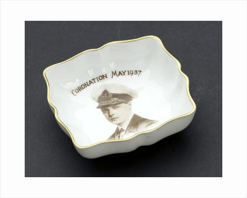 Trinket dish by Royal Crown Derby Porcelain Co