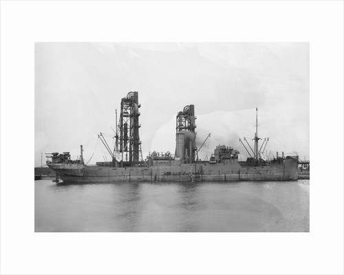 HMS 'Eridge' (1916), paddle minesweeper, during trials period by unknown