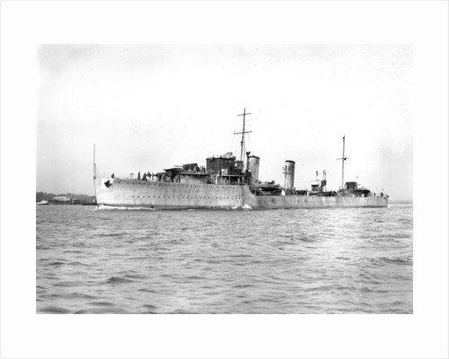 HMS 'Daring' (1932), under way in Southampton Water on builder's trials by unknown