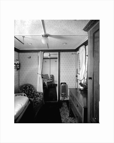 First Class suite de luxe on the 'Highland Loch' (1911) by Bedford Lemere & Co.