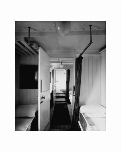 First Class suite on the 'Highland Loch' (1911) by Bedford Lemere & Co.