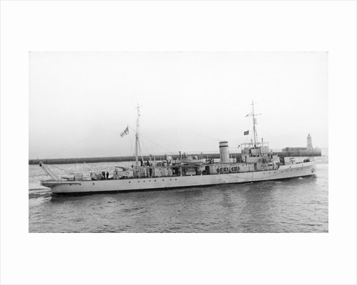 Photograph of the HMS 'Stoke' leaving Malta in January 1937 by Grand Studio