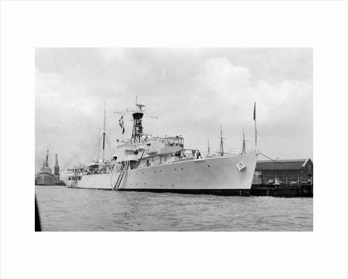 HMS 'Surprise' (1945) by unknown