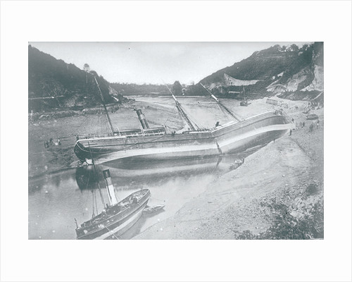 'Gipsy' wrecked in the Avon by unknown