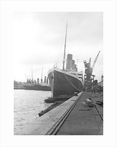 Passenger liner 'Titanic' (Br, 1912) Oceanic Steam Nav Co Ltd, (Ismay Imrie & Co Ltd, managers) (White Star Line): at quayside, Southampton by unknown