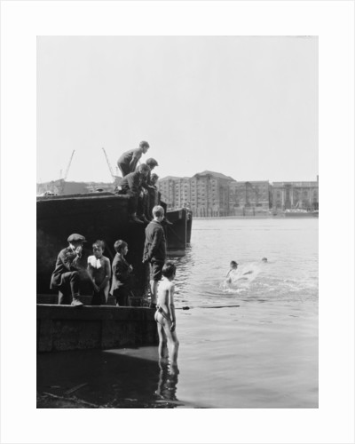 Rotherhithe children by unknown