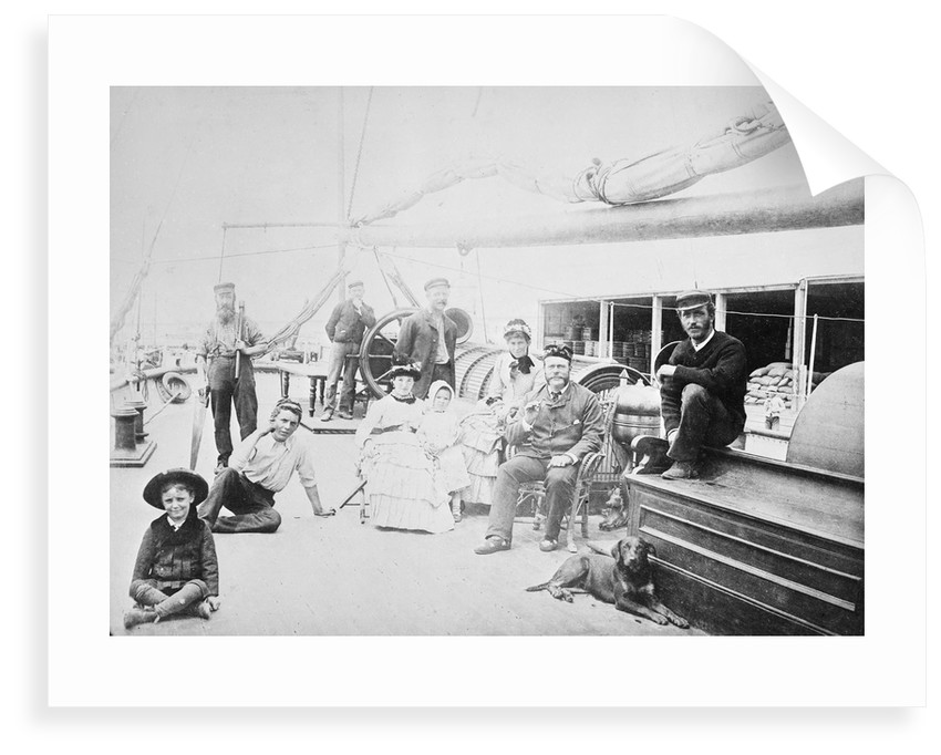 Passengers and crew on the 'Greta' by unknown