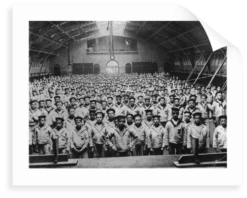 School photograph in Neptune's Hall, the gymnasium by unknown