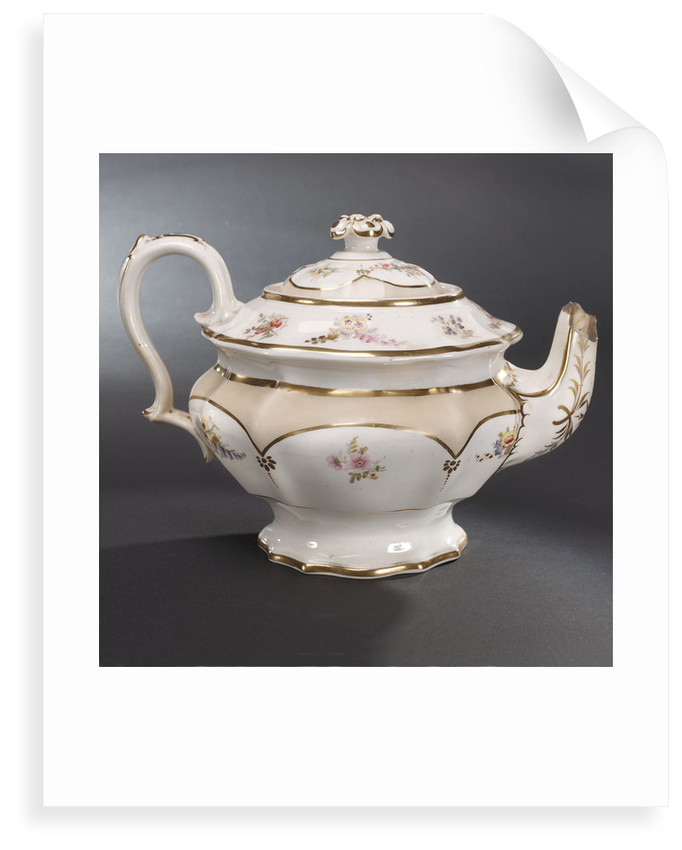 Teapot, part of a teaset said to have been used by Emma, Lady Hamilton by unknown