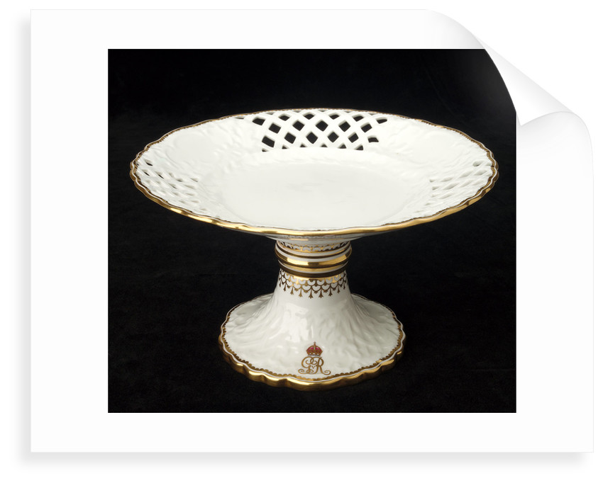 Dessert stand used on RY 'Alberta' (1863) by Royal Crown Derby Porcelain Co