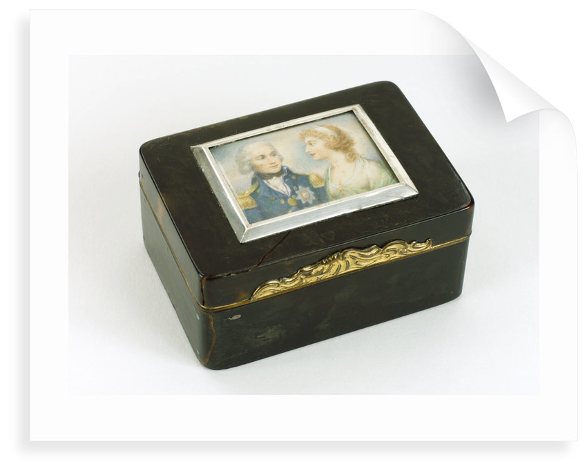 A tortoiseshell box with gilt mounts and a hinged lid by unknown