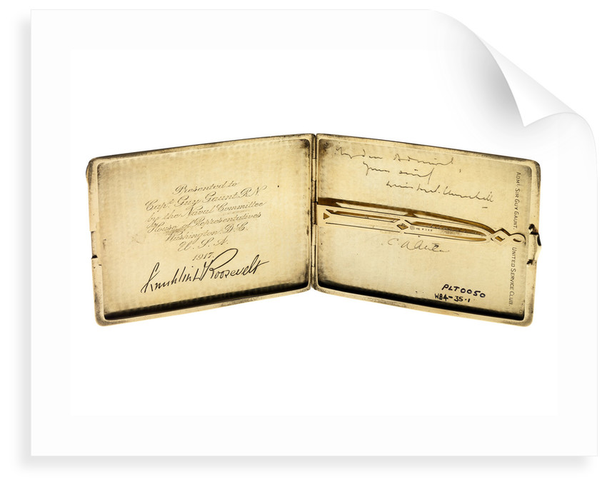 Gold cigarette case presented 1917 to Admiral Sir Guy Reginald Arthur Gaunt KCMG CB (1870-1953) by unknown