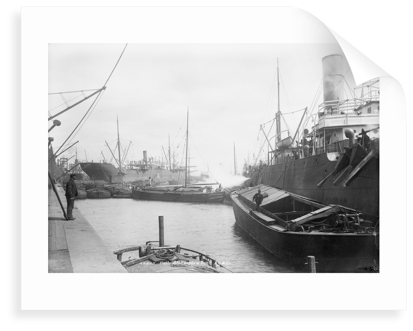 'Dido' (Br, 1896), discharging cargo into barges by unknown