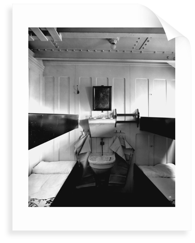 Third Class cabin on the 'Balmoral Castle' (1910) by Bedford Lemere & Co.