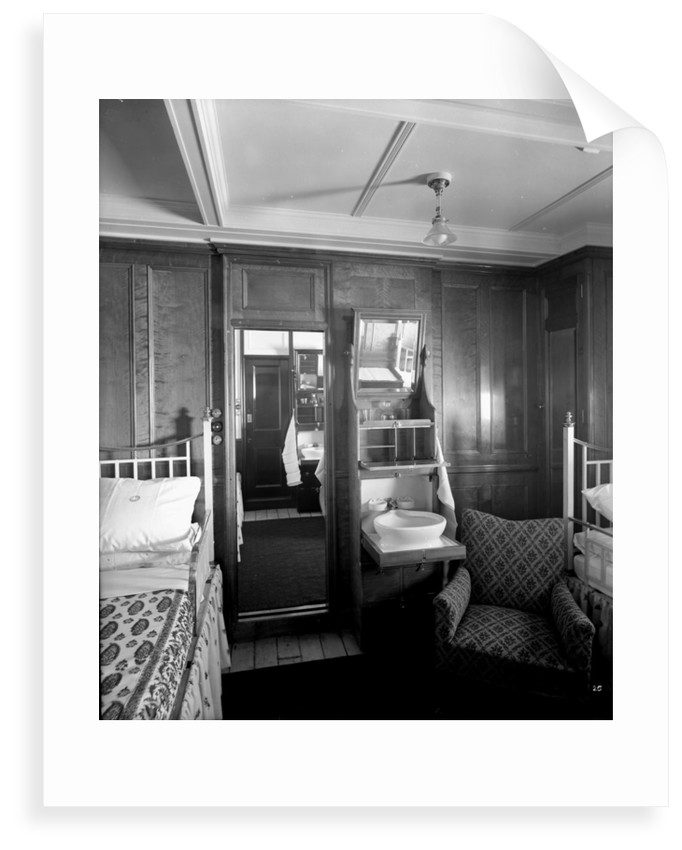 First Class suite on the 'Balmoral Castle' (1910) by Bedford Lemere & Co.