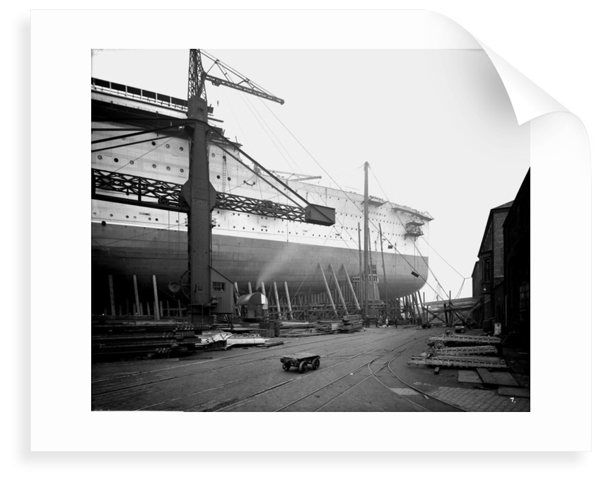 Fore part of the passenger liner 'Aquitania' (1914) on the stocks by Bedford Lemere & Co.