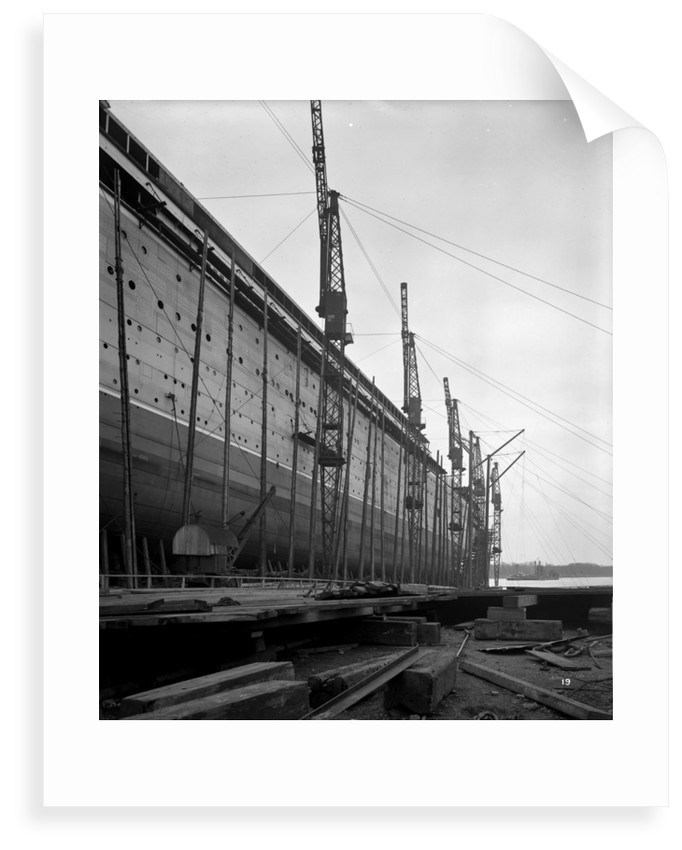 Amidship part of the 'Aquitania' (1914) on the stocks by Bedford Lemere & Co.