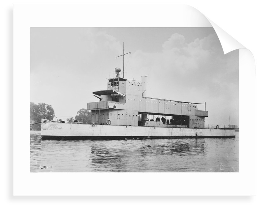 'Melik' 1897, moored on the River Thames at Chiswick during trials period by unknown