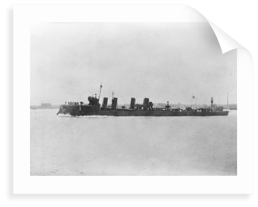 Destroyer HMS 'Mentor' (1914), with damaged bow by unknown