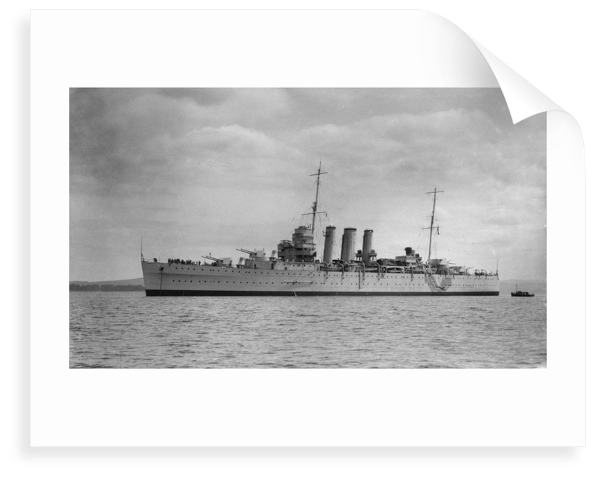 Heavy cruiser HMS 'Shropshire' (1928) by unknown
