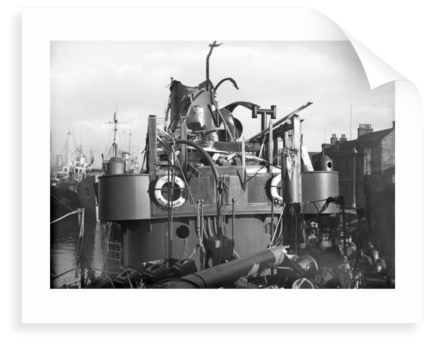 Whale catcher HMS 'Windermere' (1939), detail shot of the wheelhouse by unknown