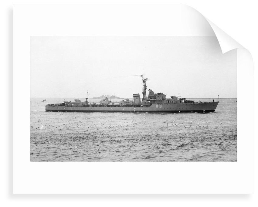 HMS 'Cavendish' (Br, 1944) under way in the Hamoaze, flying paying off pennant and crew lining deck by unknown