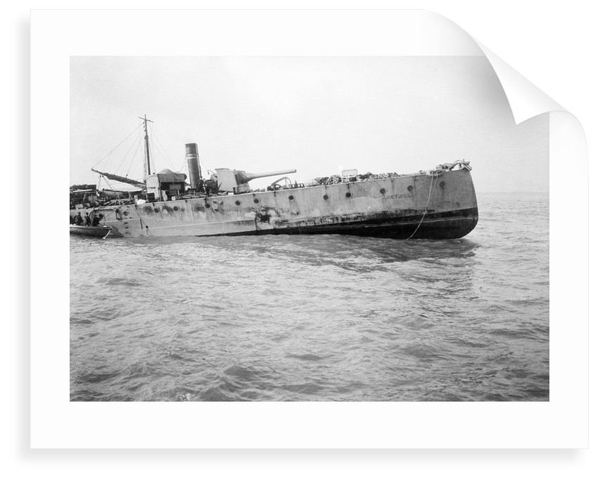 The port quarter view of the light cruiser HMS 'Arethusa' (1913) aground on Cutler Shoal. by Lieutenant Geoffroy William Winsmore Hooper